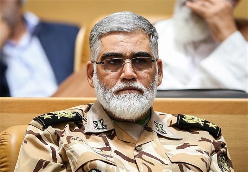 قائد القوات البریة فی الجیش الايراني یندد بجریمة السعودیة فی صنعاء