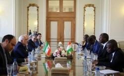 ظریف: محاربة الارهاب و تهریب المخدرات تعد من مجالات التعاون بین ایران و ساحل العاج