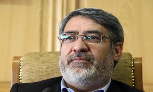 وزير الداخلية الإيراني يصل باكو