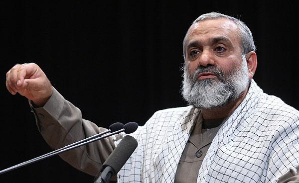 العميد نقدي: انجازات الثورة الإسلامية هي نتيجة مقاومة الشعب الإيراني