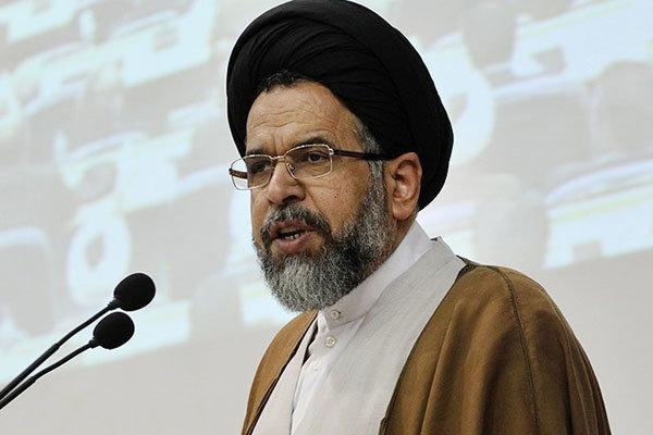 علوي: الأمن نعمة كبرى والأمن الدائم لإيران مدين للثورة الاسلامية