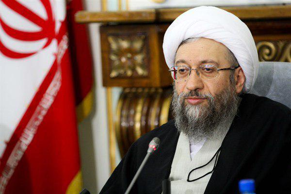 رئيس السلطة القضائية الايرانية يصل بغداد