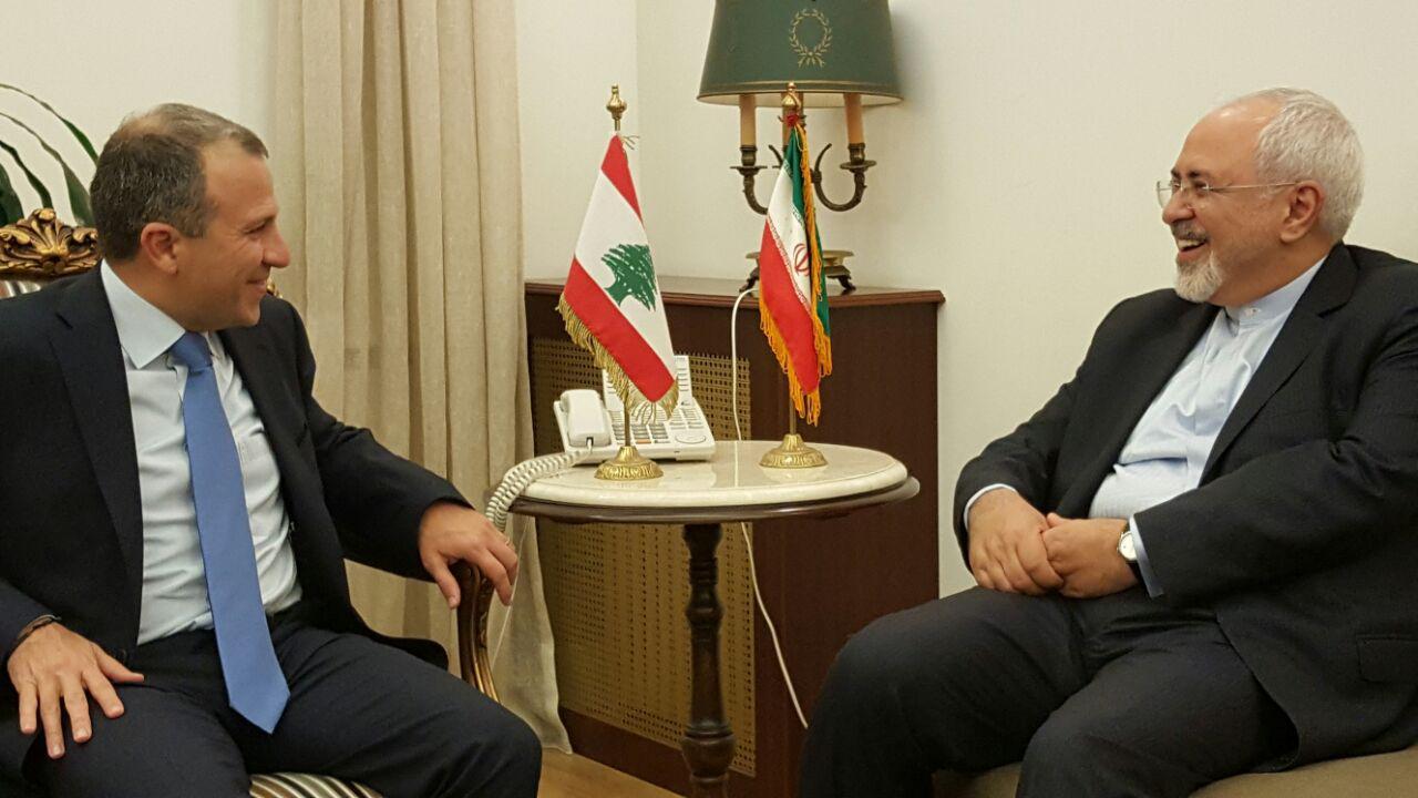 ظريف يؤكد ان ايران ولبنان تواجهان تحديات مشتركة ويحذر من الخطر الصهيوني على المنطقة