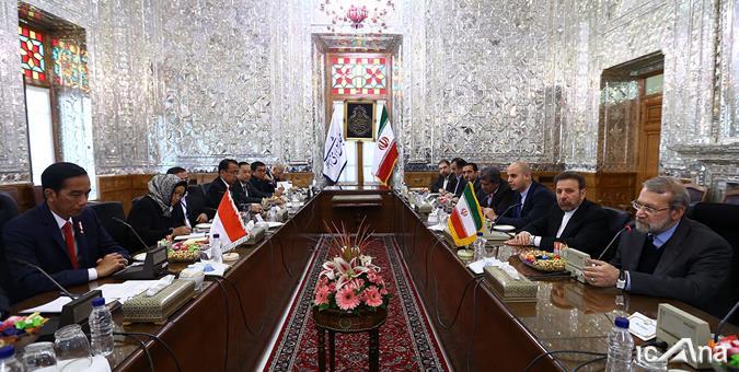 لاريجاني: ايران تقدم كل طاقاتها لأجل حل النزاعات في المنطقة