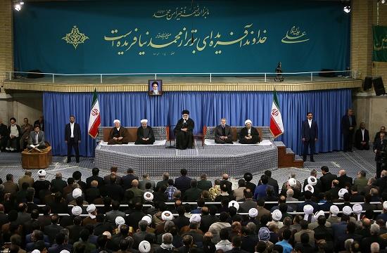 روحاني: بعض الأنظمة الاسلامية حزينة لانتصارات سوريا والعراق ضد الارهاب