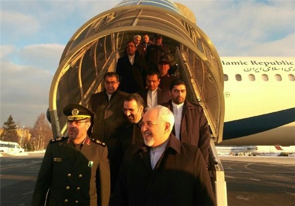 وزیرا الخارجیة والدفاع الایرانیان یصلان إلى موسكو
