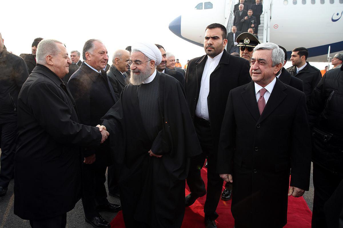 الرئيس روحاني يصل الي العاصمة الارمينية