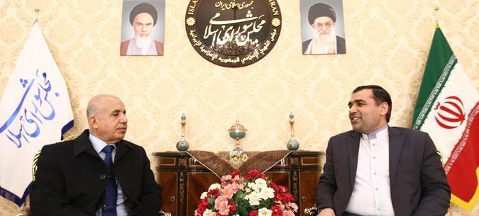 برلماني ايراني: الحوار هو السبيل الوحيد لحل أزمات المنطقة