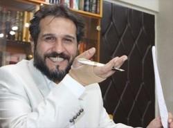فنان ایراني یرشح لجائزة