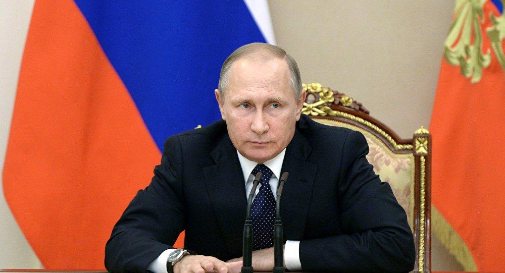 بوتين: العام 2016 لم يكن سهلا لكنه عزز من وحدتنا