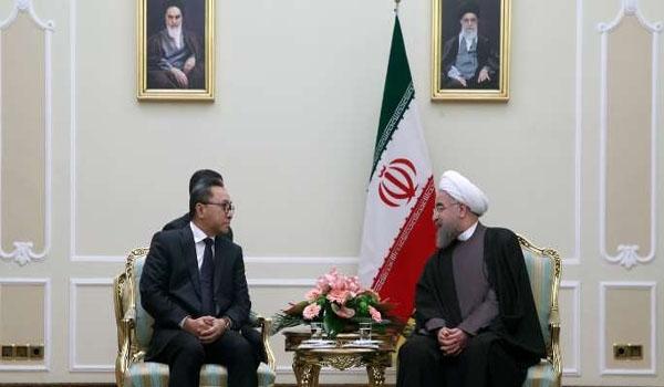 الرئيس روحاني يؤكد على التعاون بين ايران واندونيسيا لمحاربة الارهاب