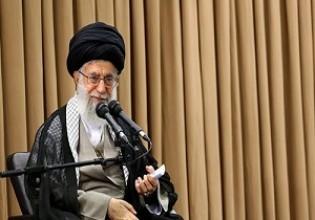 قائد الثورة الاسلامية يستقبل اساتذة الجامعات في ضيافة رمضانية