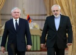 وزیر الخارجیة الإیرانی یلتقی نظیره الارمینی