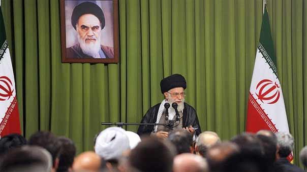 آیة الله خامنئی: السياسة الأميركية في المنطقة فشلت
