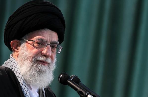 موافقة قائد الثورة الاسلامیة على العفو أو التخفيض لعقوبة بعض المدانين