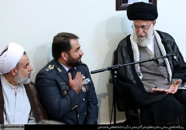 آیة الله خامنئی: اذا أقدم العدو علی أی هجوم ضد ایران سیتلقی ضربة قاطعة