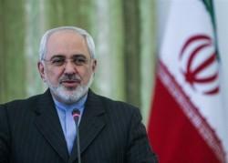 ظریف یؤکد علی ضرورة تطویر العلاقات بین ایران و باکاستنان