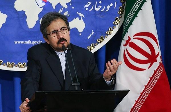 الخارجية الايرانية تندد بالغارات السعودية على المدنيين في اليمن