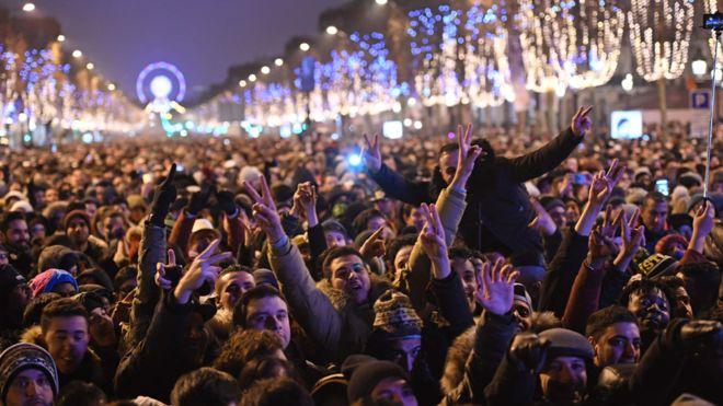 مدن العالم تحتفل بقدوم عام 2017