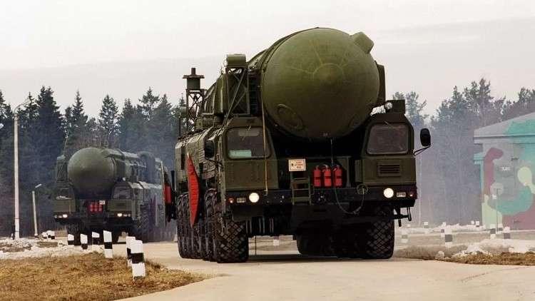 بوتين يطلق أربعة صواريخ استراتيجية عابرة للقارات