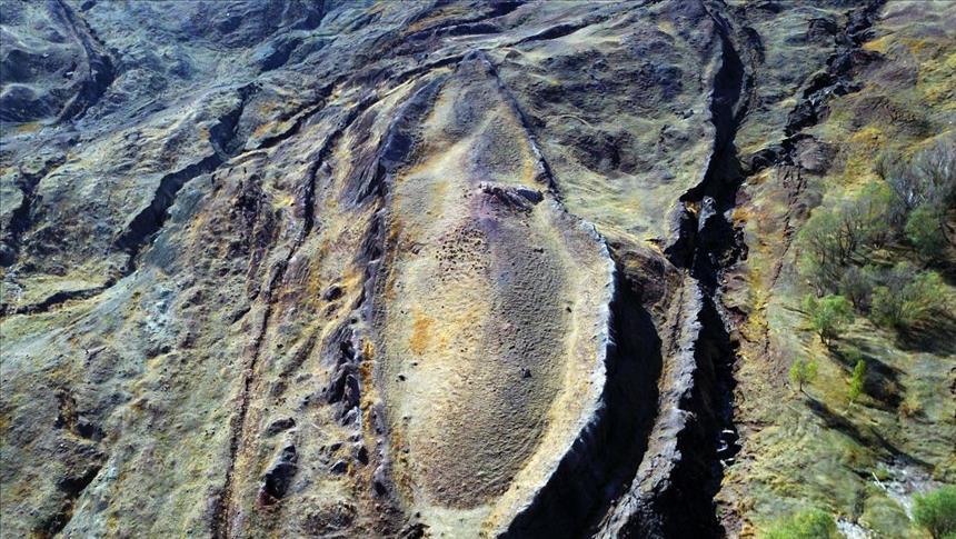 باحث أمريكي يتتبع أثر سفينة نوح على جبل أغري التركي