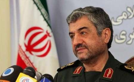اللواء جعفري: الجيش وحرس الثورة الاسلامية بنيان مرصوص في وجه الاعداء
