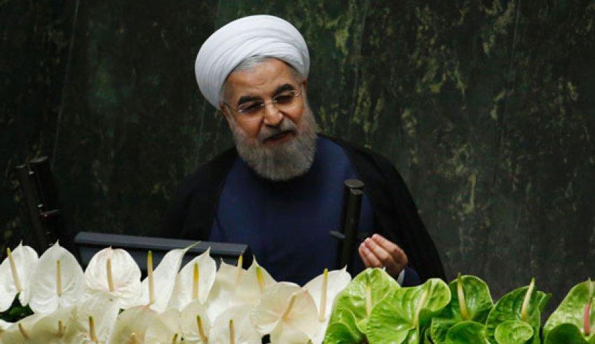 روحاني: لن نتردد في انتاج وتخزين السلاح الذي نحتاج اليه للدفاع عن البلاد