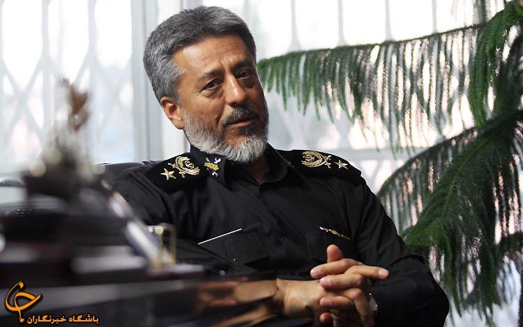 الأدميرال سياري: الجيش الايراني يتصدى لأي تهديد تتعرض له البلاد