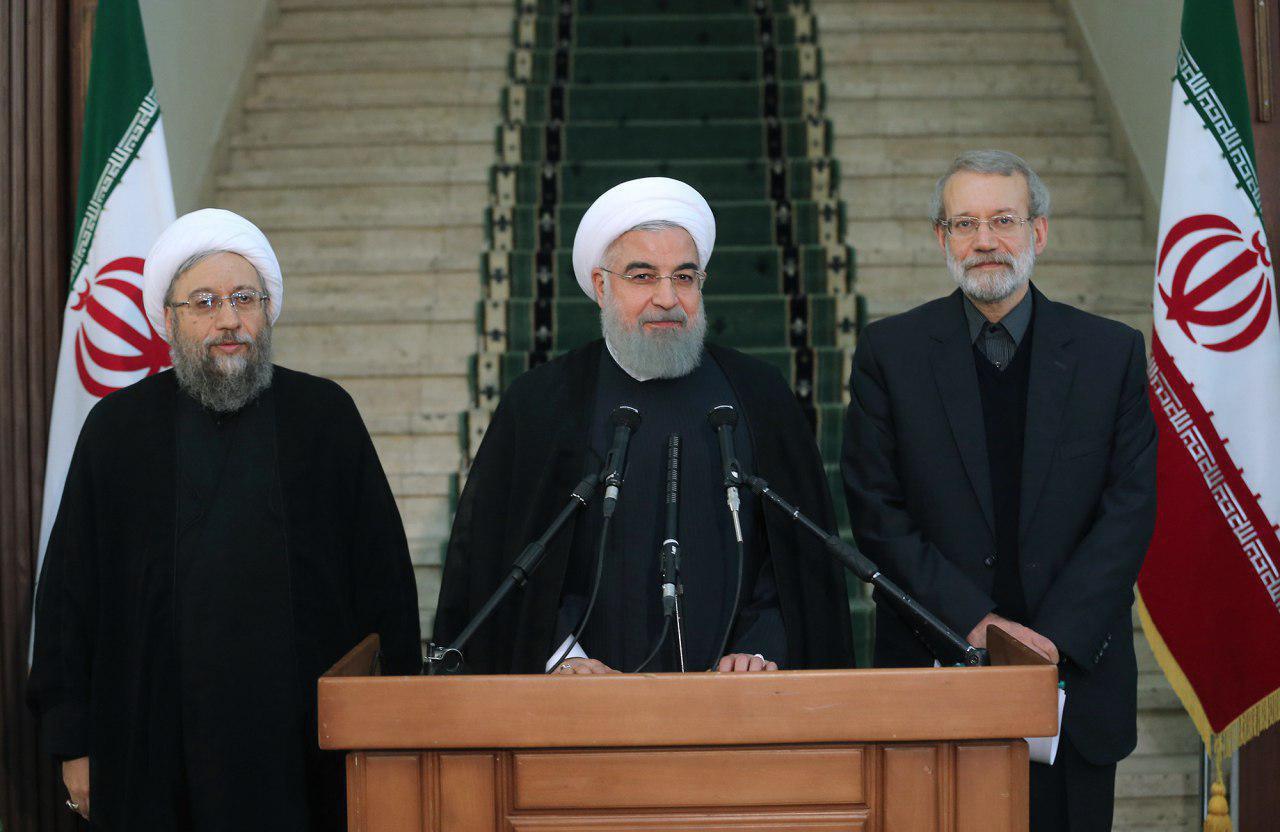 الرئيس روحاني: الإرهاب في نهایته ومؤامرات عدائية جدیدة في المنطقة