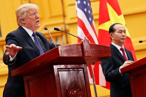 ترامب يعرض الوساطة فى حل الخلاف بشأن بحر الصين الجنوبى