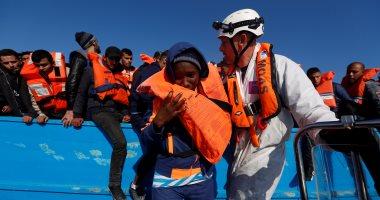 السلطات الإسبانية تنقذ أكثر من 250 مهاجرا فى البحر المتوسط