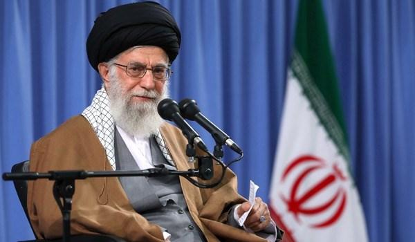 قائد الثورة يوجه الاجهزة الحكومية والعسكرية باغاثة مصابي الزلزال