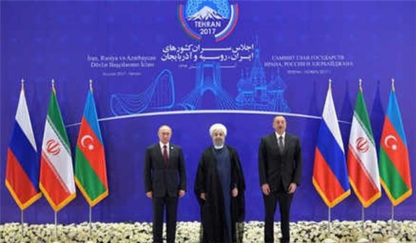 ایران وروسیا واذربیجان توقع بیانا مشتركا فی ختام القمة الثلاثیة