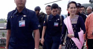 وصول زعيمة ميانمار لولاية راخين بعد فرار 600 ألف من الروهينجا