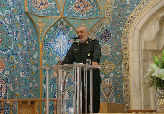 العمید سلامی: الاعداء سعوا من وراء تاسیس داعش لرسم صورة بشعة عن الاسلام