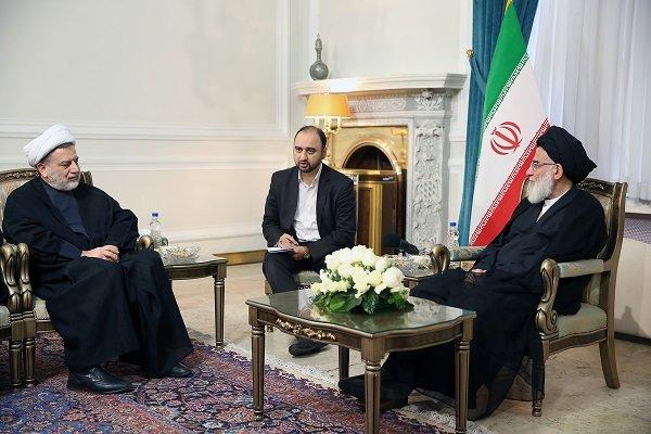 آية الله شاهرودي يحذر من محاولات بعض الدول للتغلغل والتاثير في صفوف الشعب العراقي
