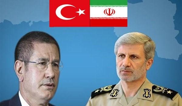 وزيرا الدفاع الايراني والتركي ينددان بقرار ترامب حول القدس ويصفانه بالخطأ الفادح