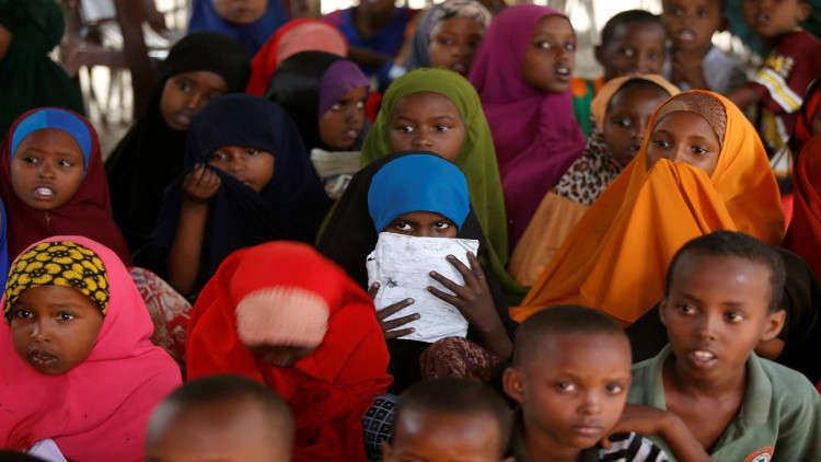 كينيا.. مداهمة مدرسة إسلامية واعتقال معلمين و100 تلميذ