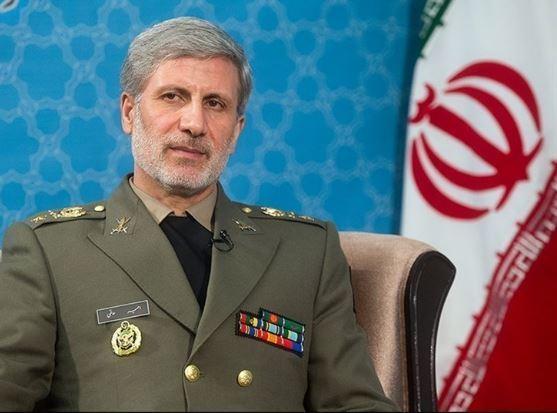 وزير الدفاع الايراني: إيران الإسلامية تنشد الأمن والإستقرار لشعوب المنطقة والعالم