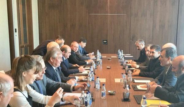 جابري انصاري: ايران تؤكد على الاسراع بالحل السياسي للازمة السورية