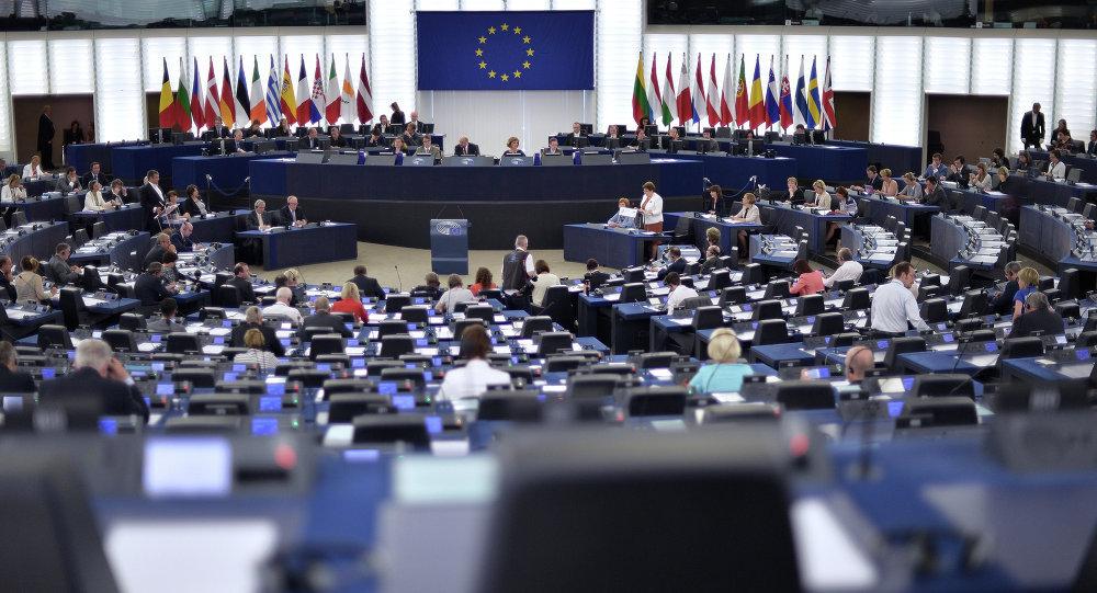الاتحاد الأوروبي يمدد العقوبات على روسيا 6 أشهر إضافية