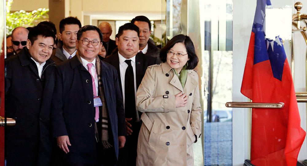 رئيسة تايوان: جيش الصين يزعزع استقرار المنطقة ونحن مستعدون للقتال