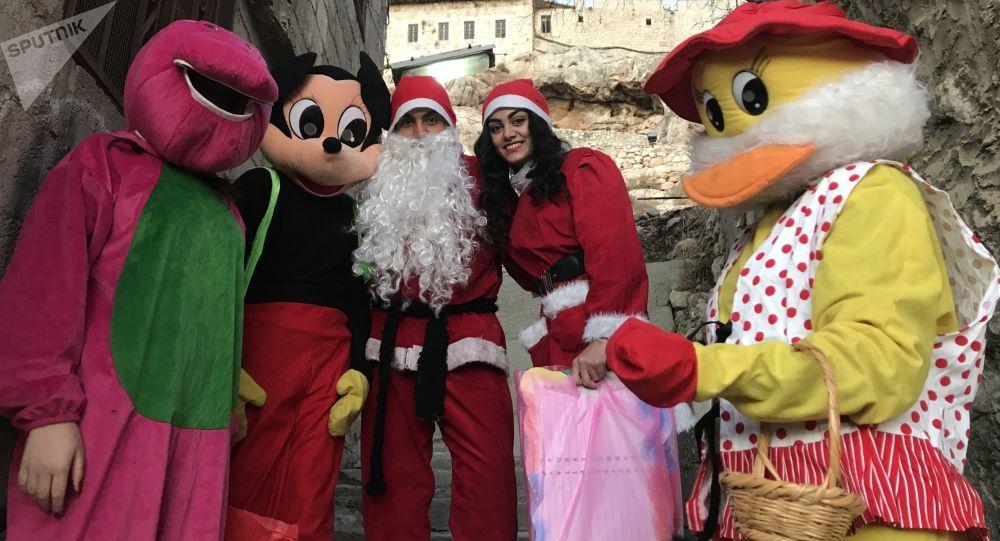 عودة الاحتفالات بعيد الميلاد ورأس السنة بعد 7 سنوات من الحرب في سوريا