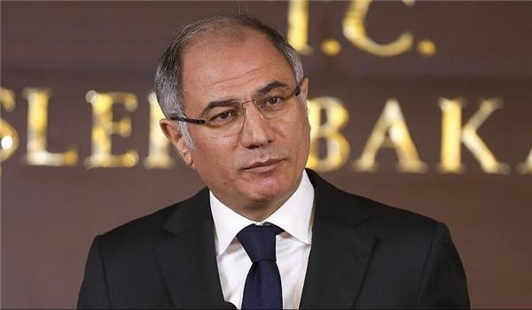 وزير الداخلية التركي يصل الى طهران
