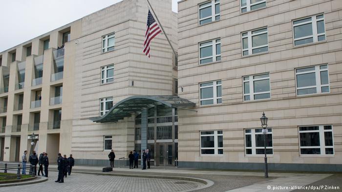 السفارة الأمريكية ببرلين تصدر مجددا تأشيرات للألمان مزدوجي الجنسية