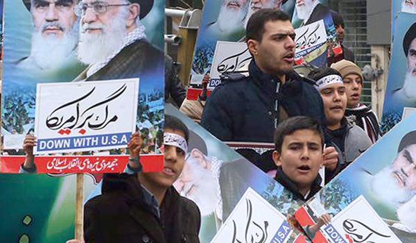 هتافات الموت لترامب تدوي في سماء طهران