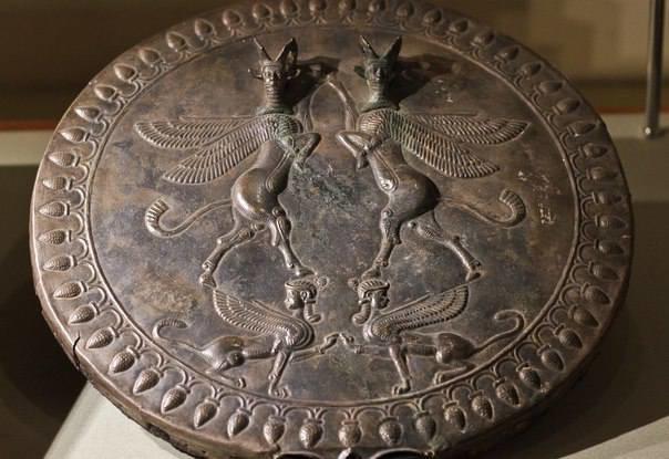 إيران تعرض مئات المقتنيات الأثرية المسترجعة من الخارج