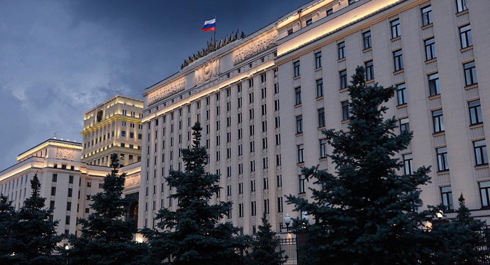 الدفاع الروسية: القوات السورية بدعم الطيران الروسي تواصل التقدم نحو تدمر