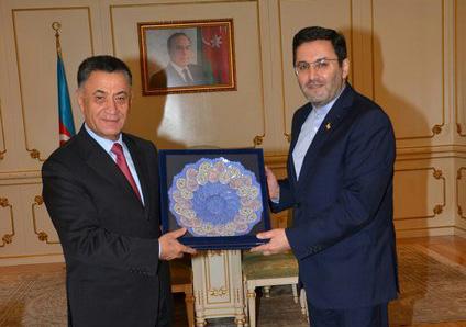 السفير الايراني في باكو يلتقي وزير الداخلية الاذربيجاني