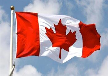 نحو 20 مهاجرا فروا من الولايات المتحدة وعبروا الحدود إلى كندا طلبًا لجوء